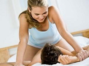 Дискомфорт при половом акте - один из симптомов молочницы