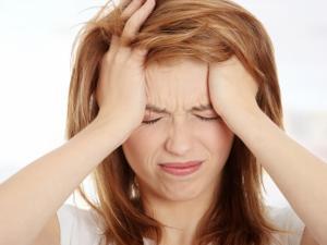 Головная боль – побочный эффект при лечении Трихополом