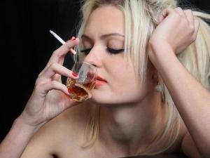 Курение и алкоголь - причины образования полипов