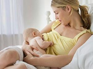 Изменение гормонального фона при кормлении грудью